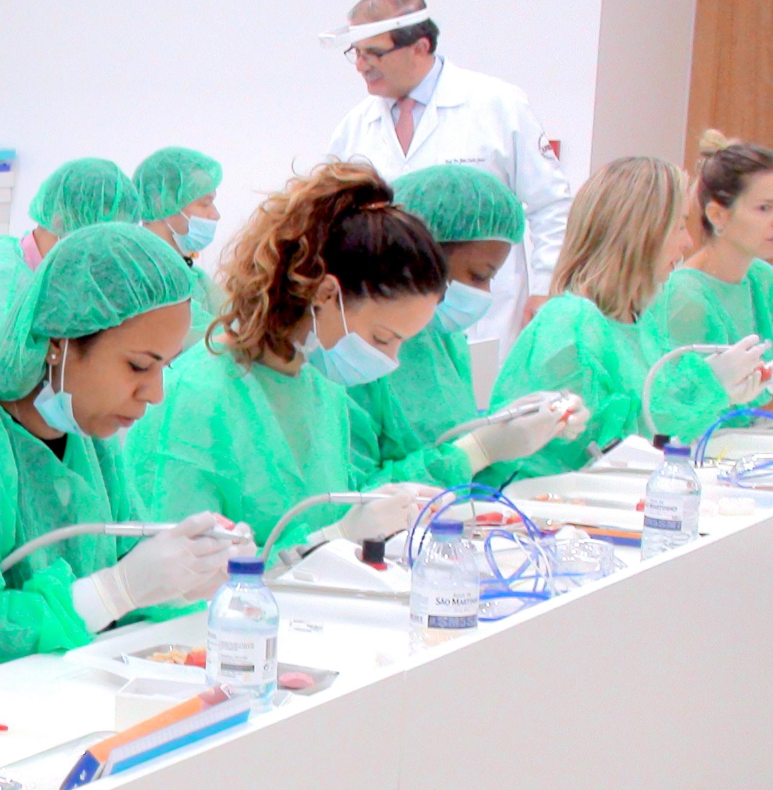 Curso de Dentisteria Estética Adesiva - fevereiro 2019