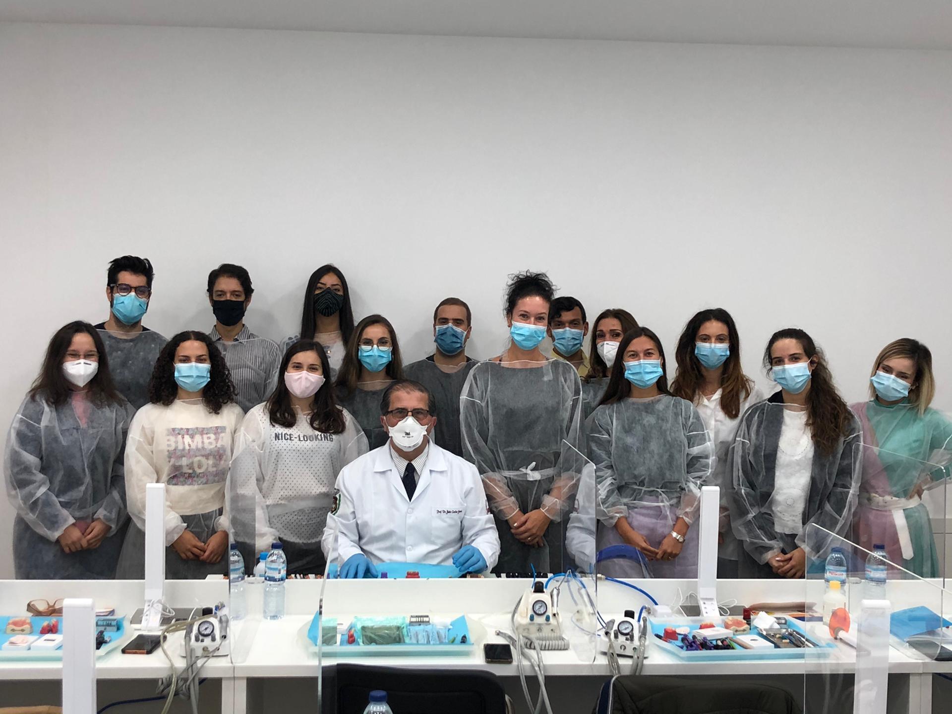 Curso de Dentisteria Estética Adesiva -  09, 10 e 11 de novembro 2020